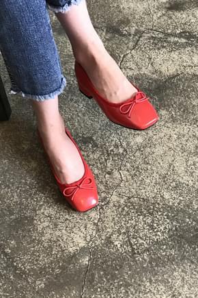 Piano Ribbon Flat Shoes