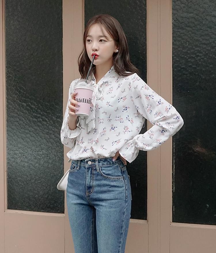 Wahas ribbon blouse
