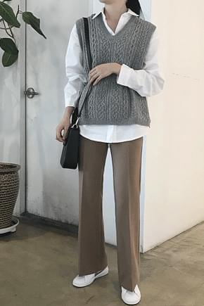 Mix knit vest