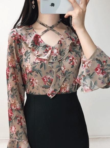 Rose antique flower blouse