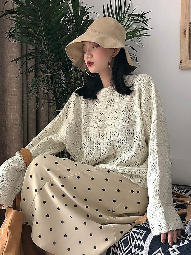 High neck frills embroidery knit knit