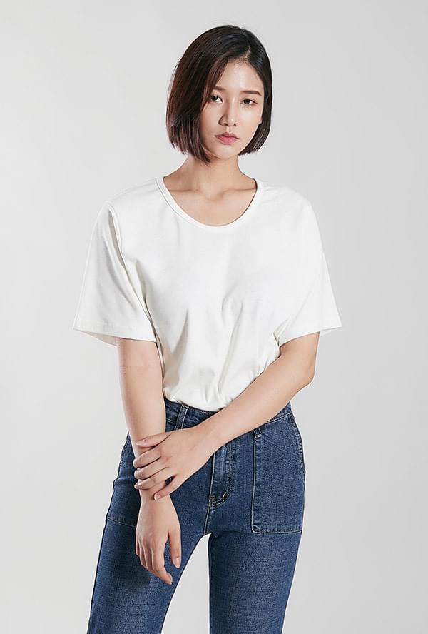 Eve Round T-shirt