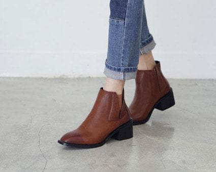 Menel Tongue Chelsea Boots