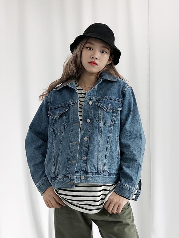 Simple denim jacket