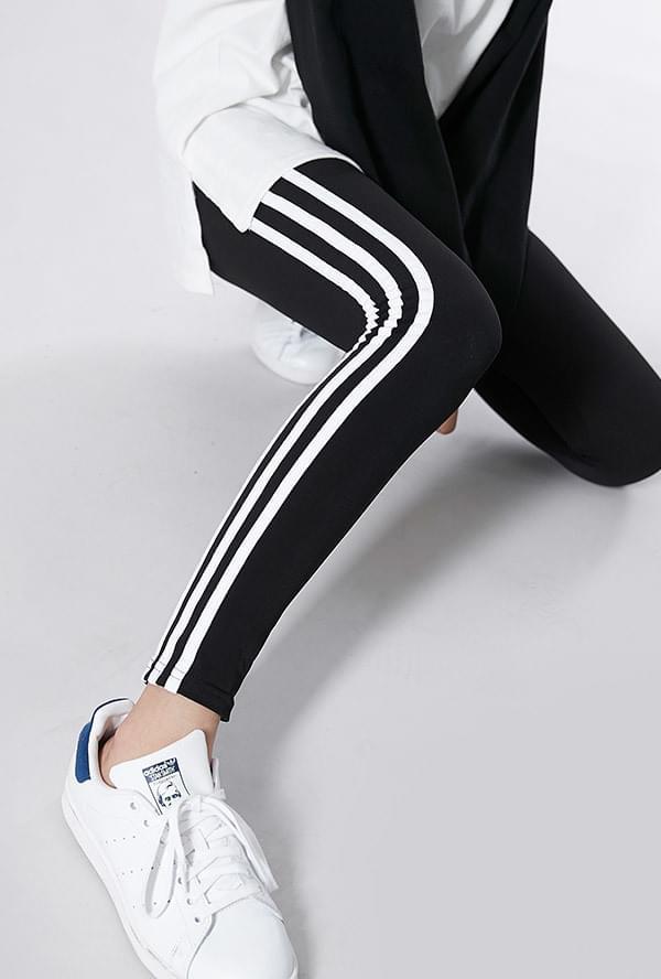 Three Line Leggings