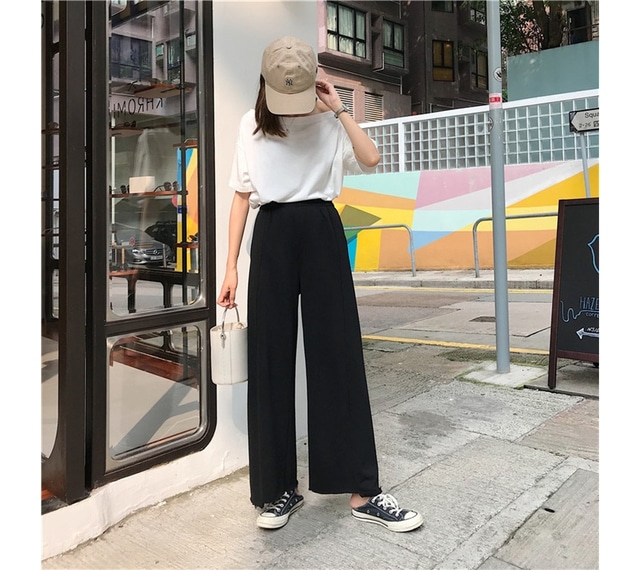 Wide incision cutting bending pants