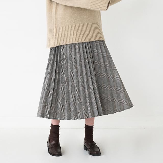pleats long check skirt