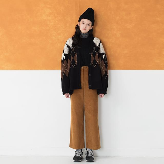 retro corduroy pants