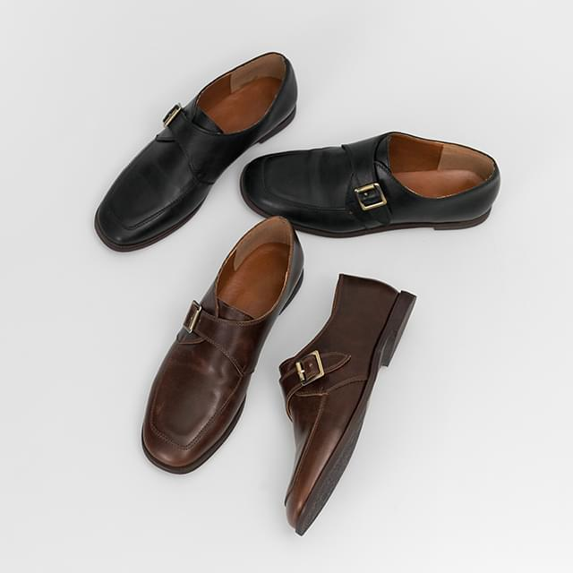 Modern buckle loafers