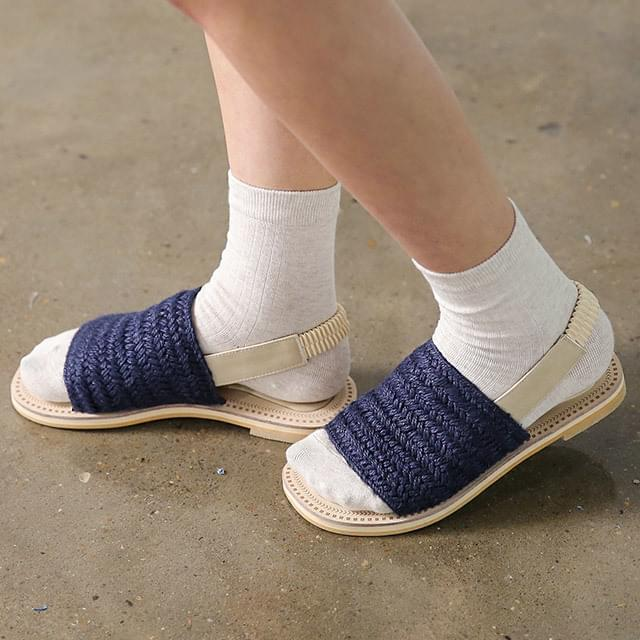 banding strap color sandal