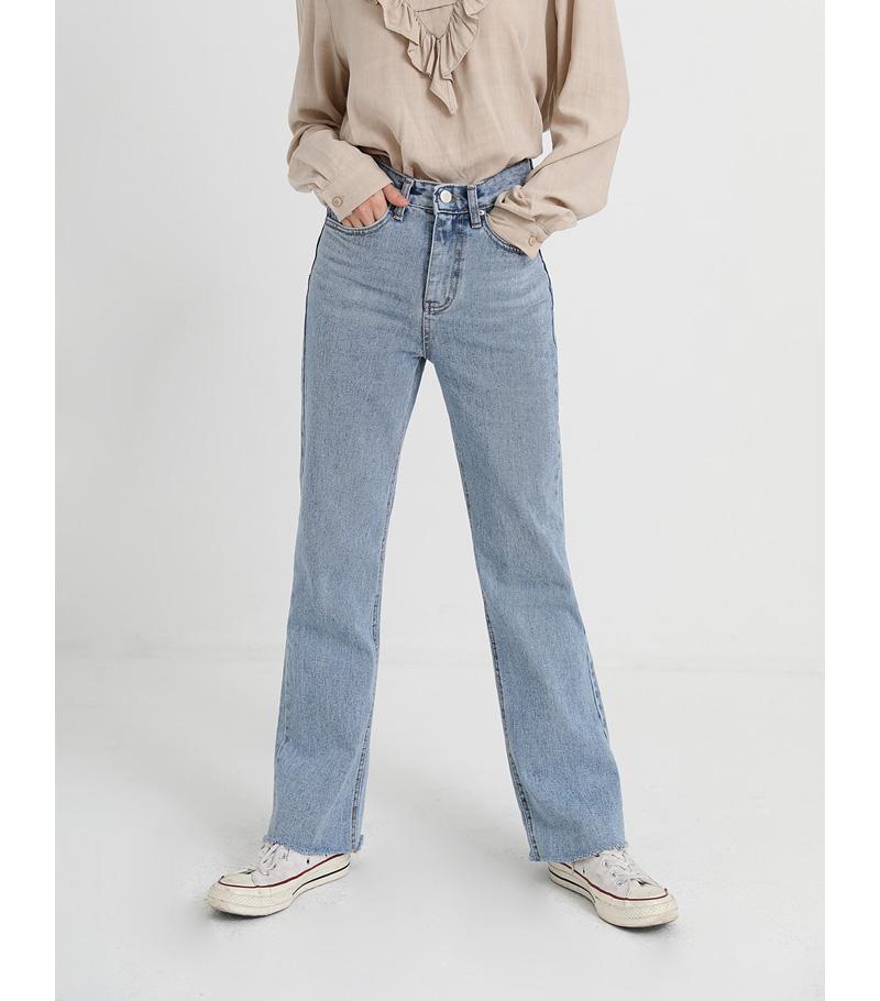 wayne light denim pants