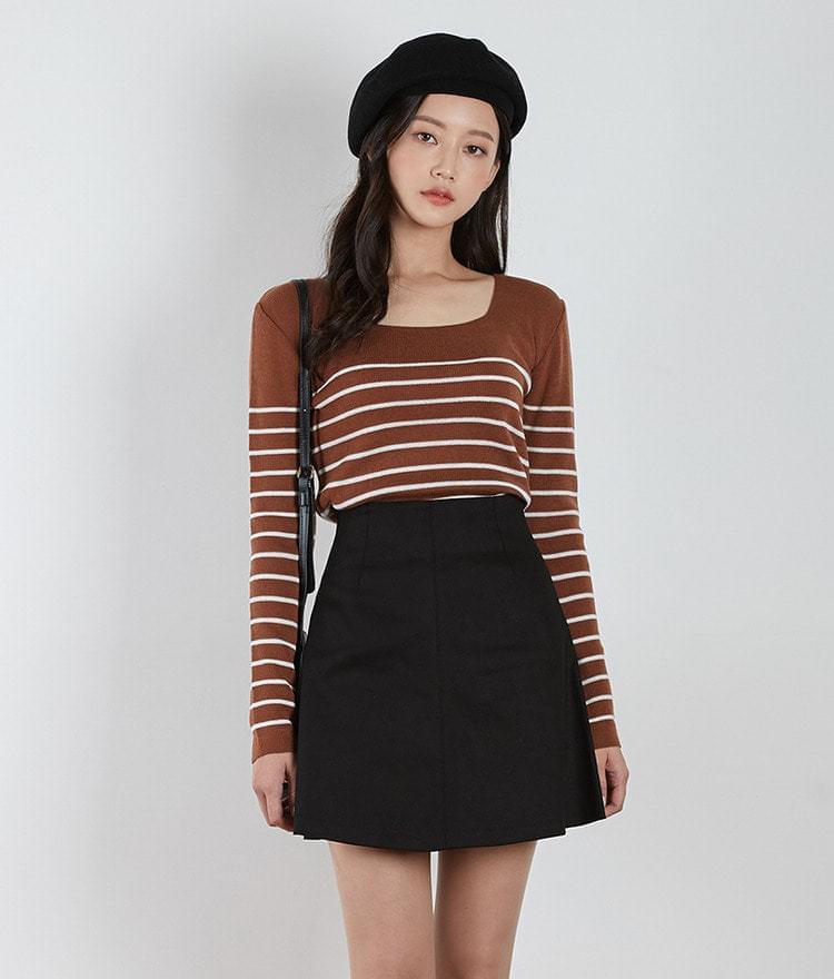Squre Neck Stripe Knit