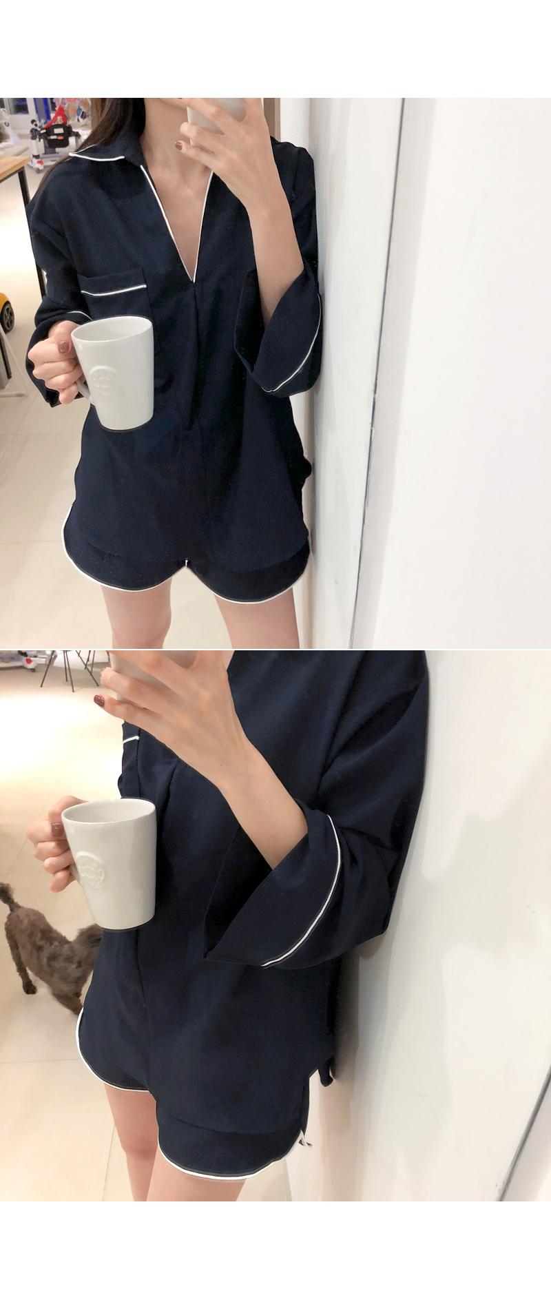Color line pajama set