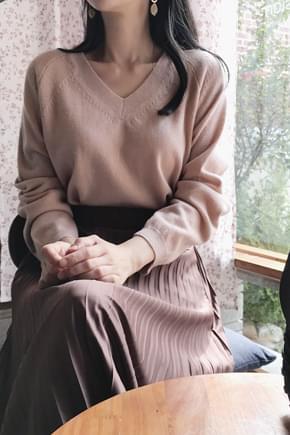 밤비 브이넥니트(울50)