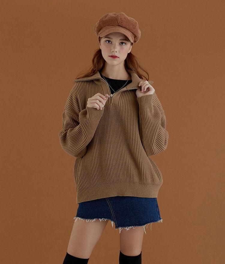 O Buffett half clothed knit