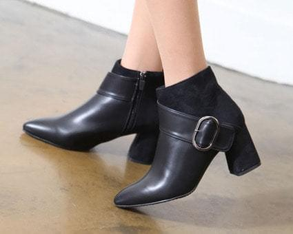 Himosutireto Ankle Boots