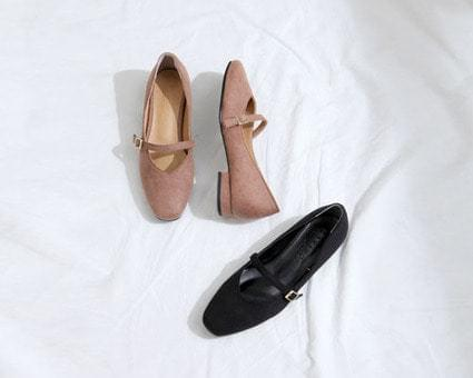 Jack curly buckle strap flat shoes