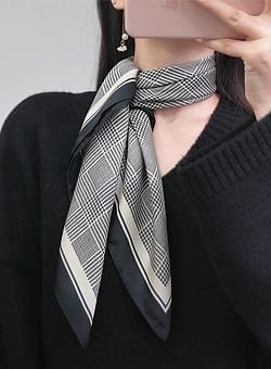 Large square check scarf