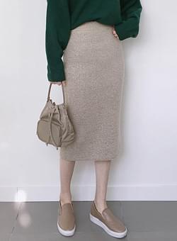 Skirt knit skirt