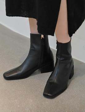 Cresent square boots_H (size : 225,230,235,240,245,250)