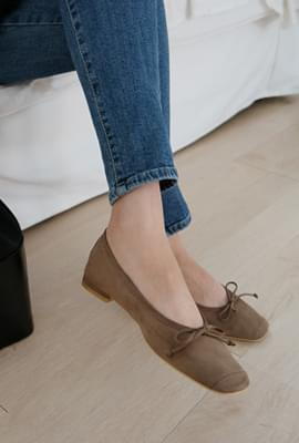 Soft suede ribbon flats