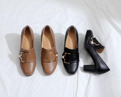 Denkirk buckle strap middle heel