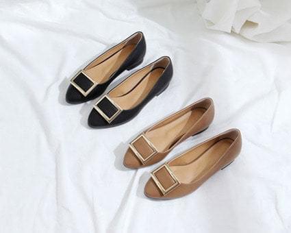 Capman Square Flat Shoes