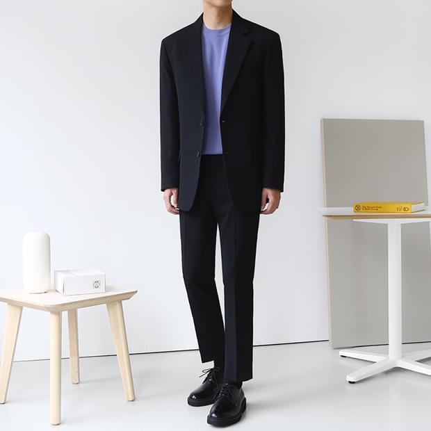Renault Suit