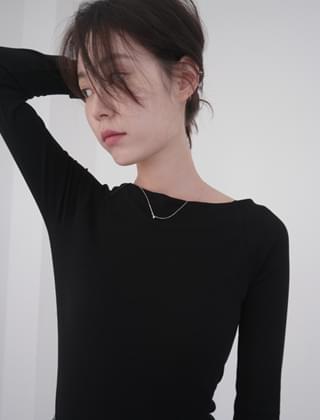 slim off shoulder T-shirt (5colors)