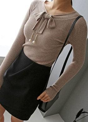 Knit tee pearl ribbon blouse