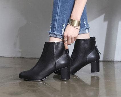 Kieran Simple Ankle Boots