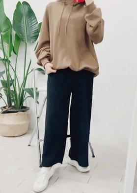 Wide knit pants
