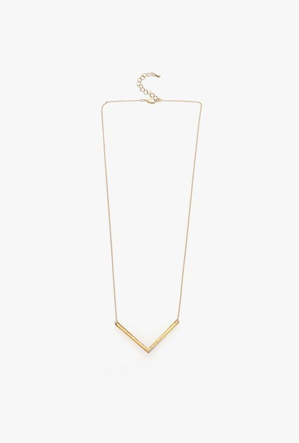 Centric V necklace
