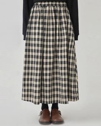 smile check long skirt
