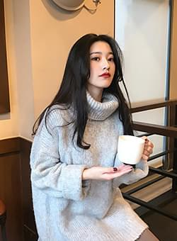 Lovely turtleneck knit