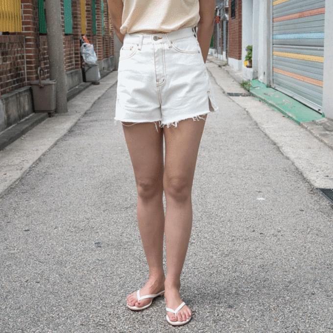 Bread denim shorts