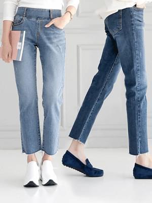 Lovely Jean 4