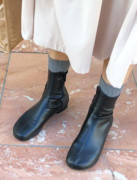 Such round leather boots_K (size : 230,235,240,245,250)