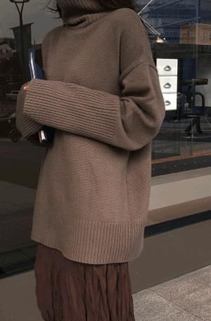 From-Cashmere Turtle Knit