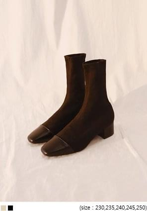 GOLGI MIDDLE SOCKS ANKLE BOOTS