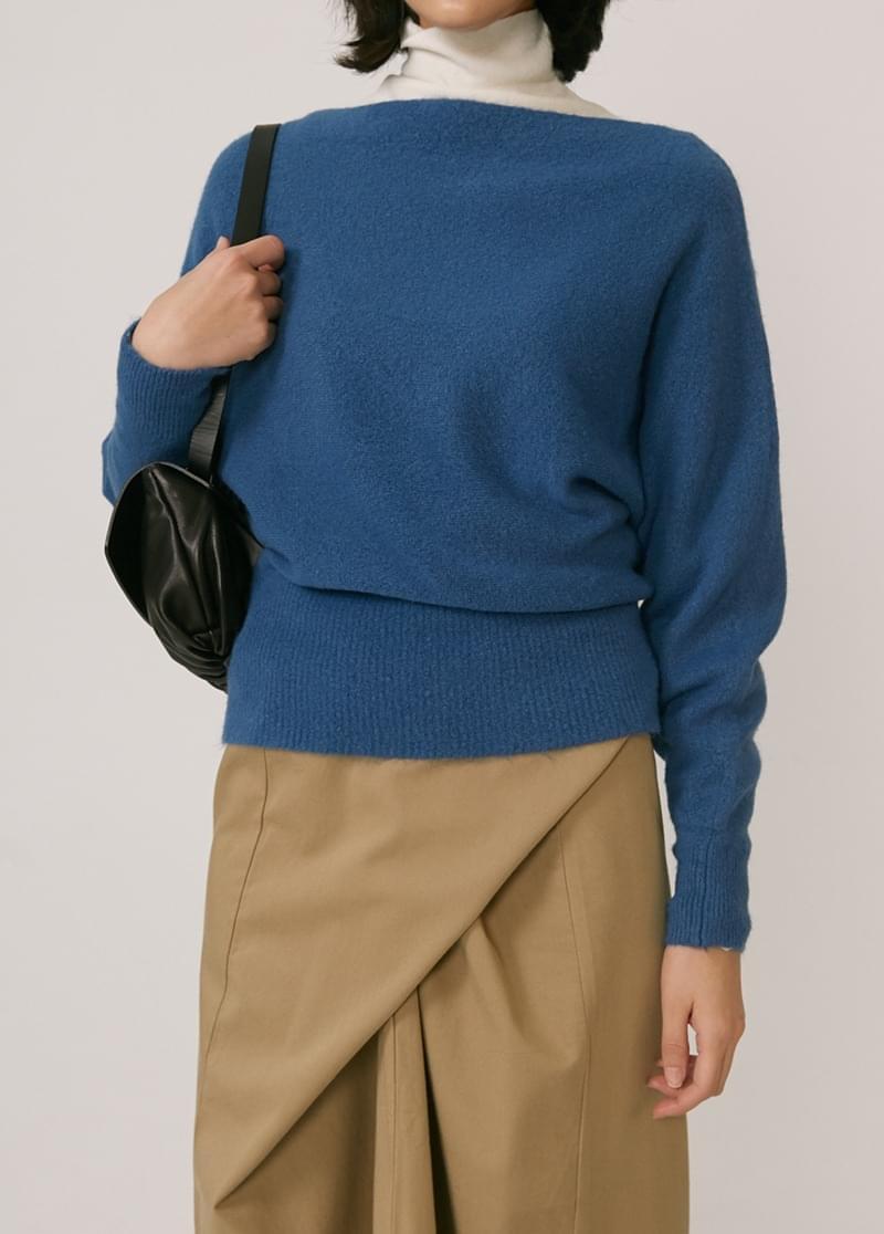 Drop Off Shoulder Knit