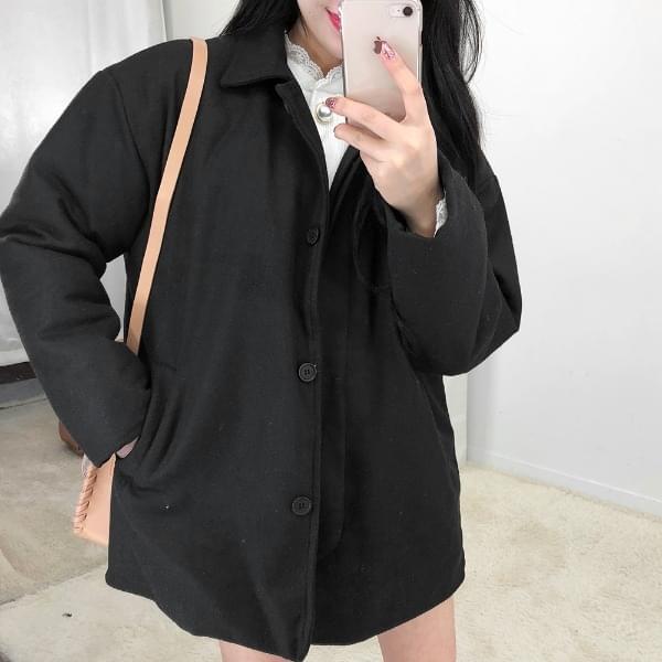 Hidden woolen coat