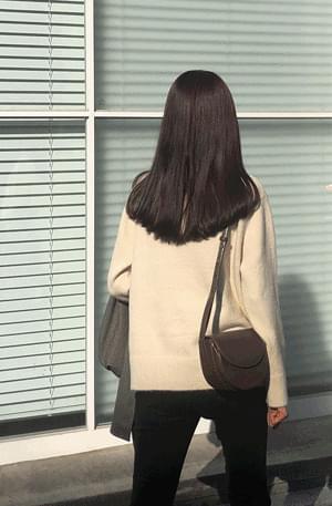 MA-halfmoon (bag)