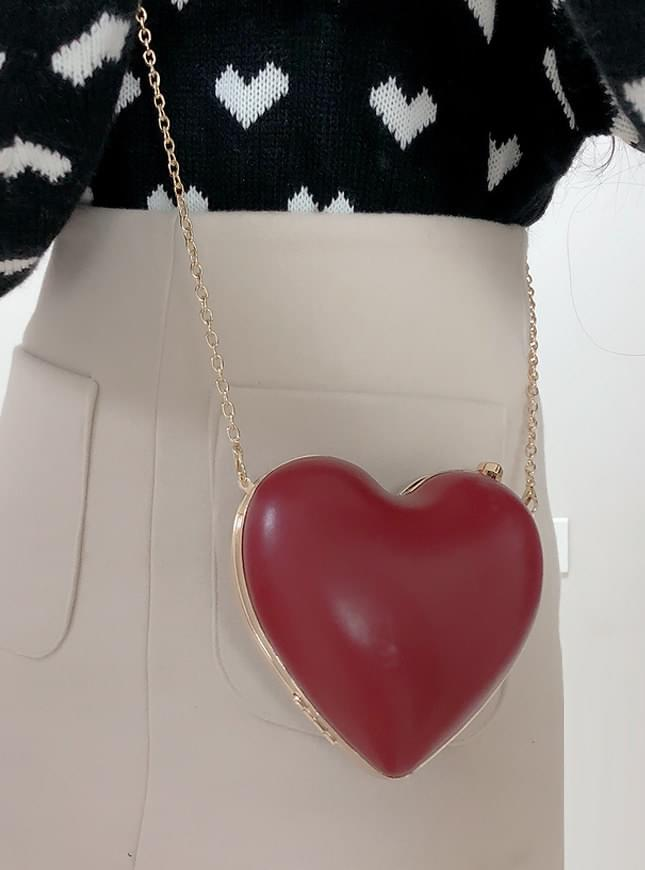 The perfect congestion ♥ Mini Heart Bag