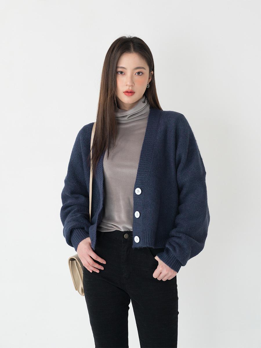 wool short cardigan