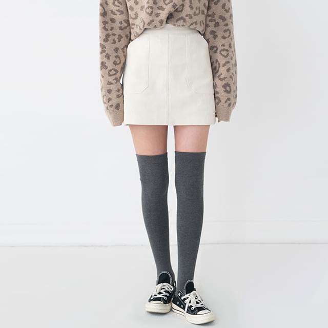 Corduroy Two Pocket Mini Skirt-sk
