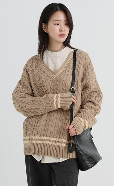 cable v-neck knit (2colors)