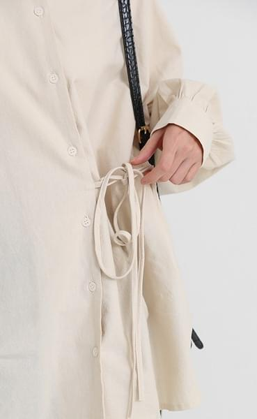 strap detail round shirt (3colors)