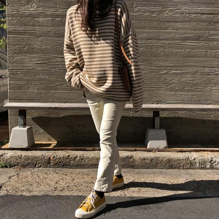 Pierrot-striped knit