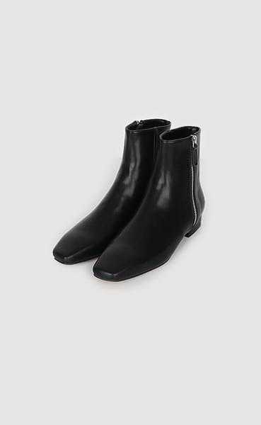 next to ankle boots (3colors)
